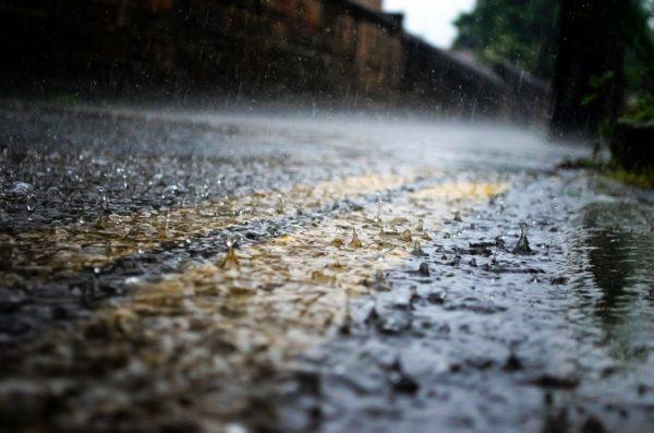 makna hujan